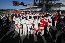 Unterstützung der Fahrer für Jules Bianchi