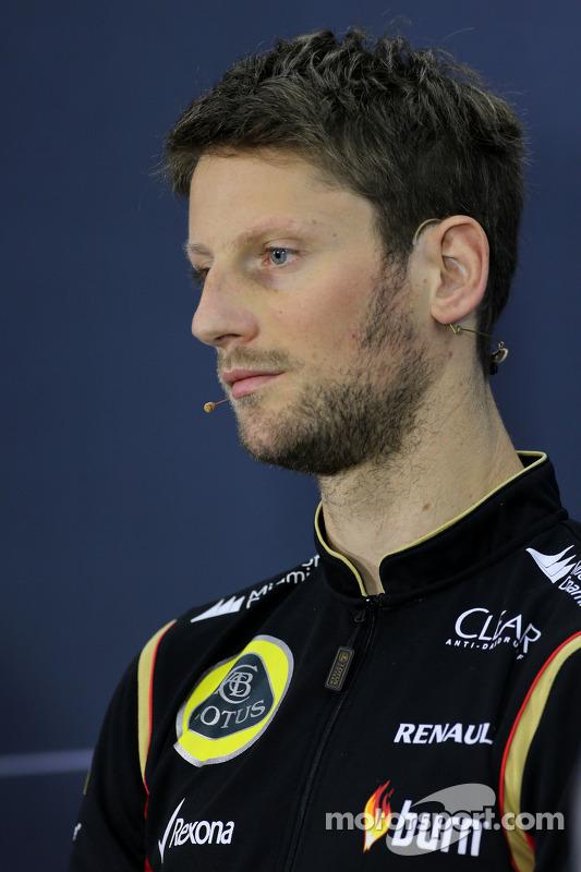 Romain Grosjean, Lotus F1 Team na conferência de imprensa da FIA