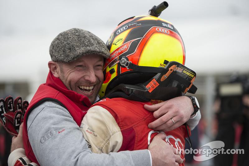Vincent Vosse festeggia con il vincitore Laurens Vanthoor