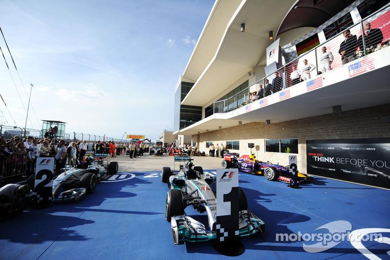 La Mercedes AMG F1 W05 di Lewis Hamilton, Mercedes AMG F1 in parco chiuso
