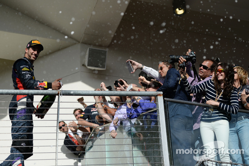 Daniel Ricciardo, Red Bull Racing celebrates his third position on the podium