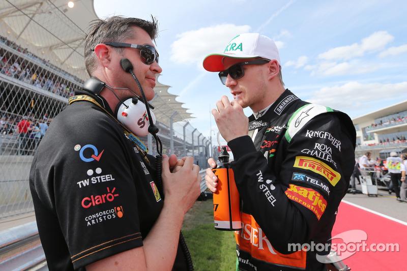 (L to R): Bradley Joyce, Sahara Force India F1 Race Engineer with Nico Hulkenberg, Sahara Force India F1 on the grid
