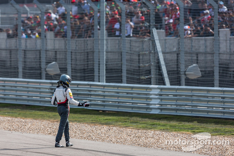 Adrian Sutil, Sauber retired from the race