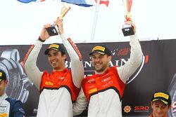 Podium en la clasificación: Los ganadores Cesar Ramos, Laurens Vanthoor