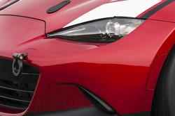 2016 Mazda Global MX-5 Cup racer