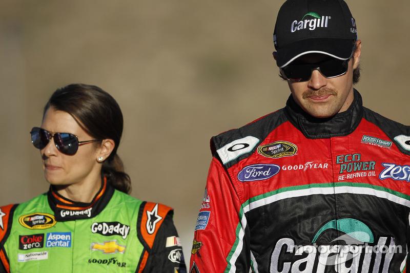 Danica Patrick ve Ricky Stenhouse Jr.