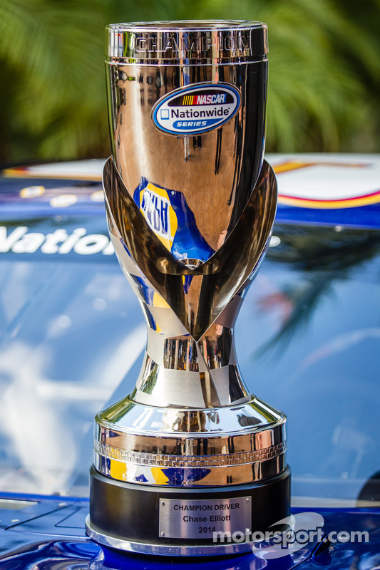 NASCAR Nationwide Series, troféu do piloto campeão