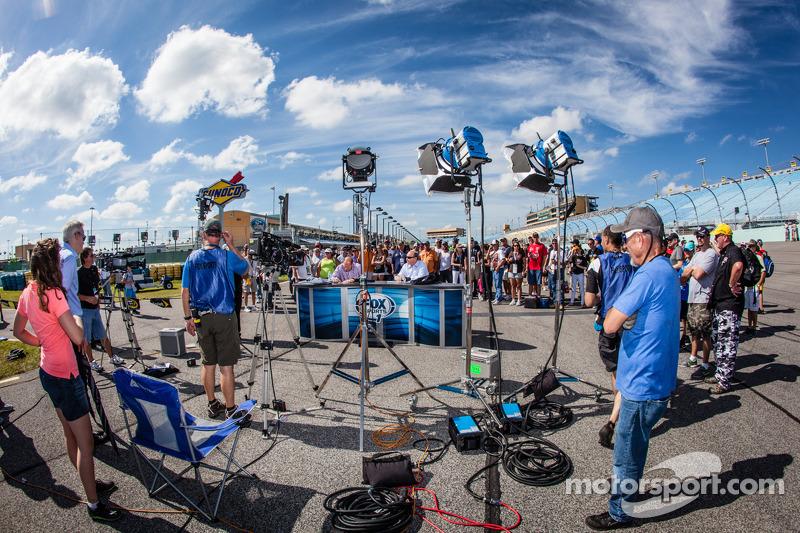 FOX Sports 1 yayın seti