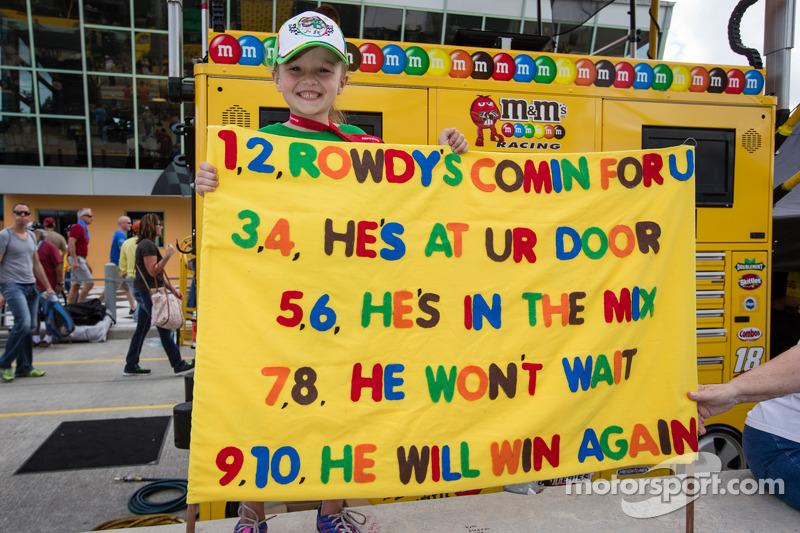 A young fan of Kyle Busch, Joe Gibbs Racing Toyota