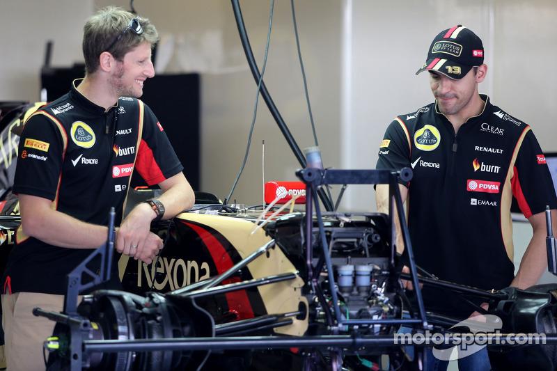 Romain Grosjean, Lotus F1 Team; Pastor Maldonado, Lotus F1 Team