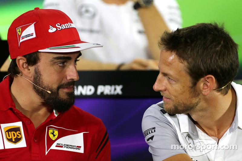 Fernando Alonso, Ferrari; Jenson Button, McLaren