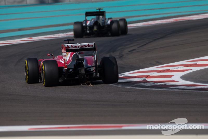 Fernando Alonso, Ferrari F14-T sends sparks flying