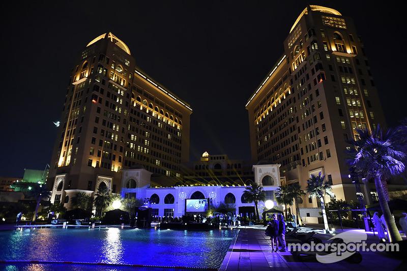 FIA genel kurulu St. Regis oteli, Katar