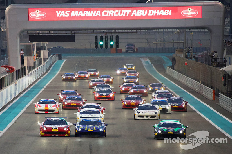 Ferrari Challenge APAC/NA race 1 start