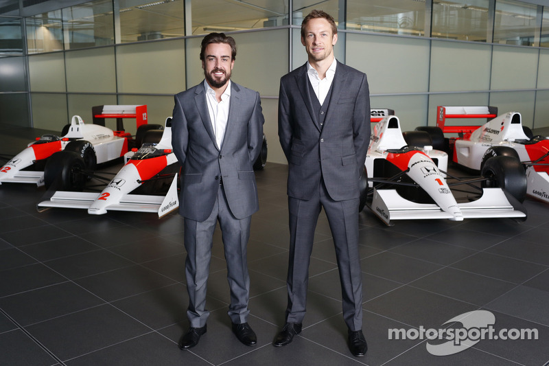Fernando Alonso ve Jenson Button, McLaren Honda