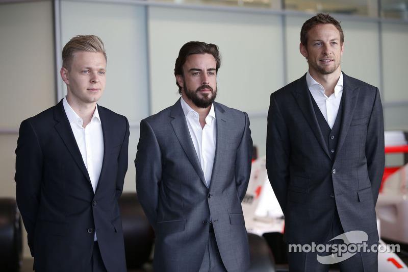 凯文·马格努森,费尔南多·阿隆索和简森·巴顿,迈凯轮本田车队