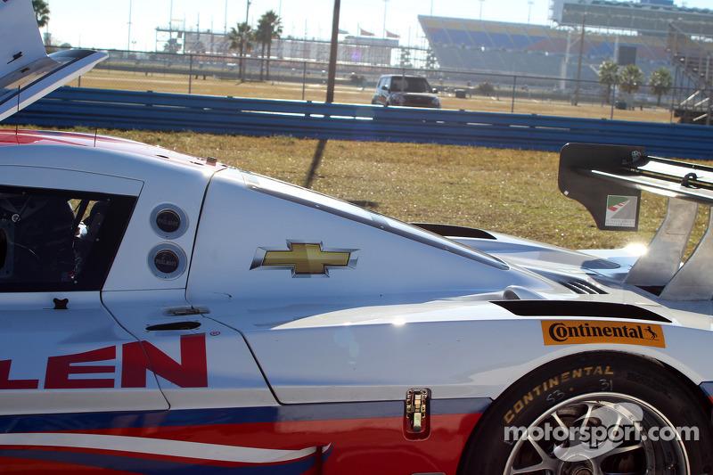 #5 Action Express Racing Corvette DP: Max Papis, Leh Keen detenido en la pista