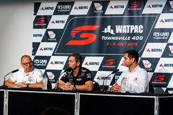 Craig Lowndes, Triple Eight Race Engineering Holden Roland Dane, Sean Seamer