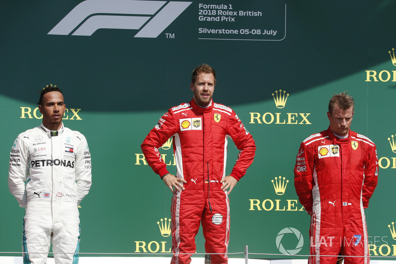 Lewis Hamilton, Mercedes-AMG F1, Sebastian Vettel, Ferrari e Kimi Raikkonen, Ferrari, sul podio
