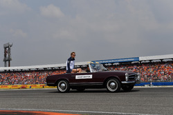 Sergey Sirotkin, Williams, on the drivers parade