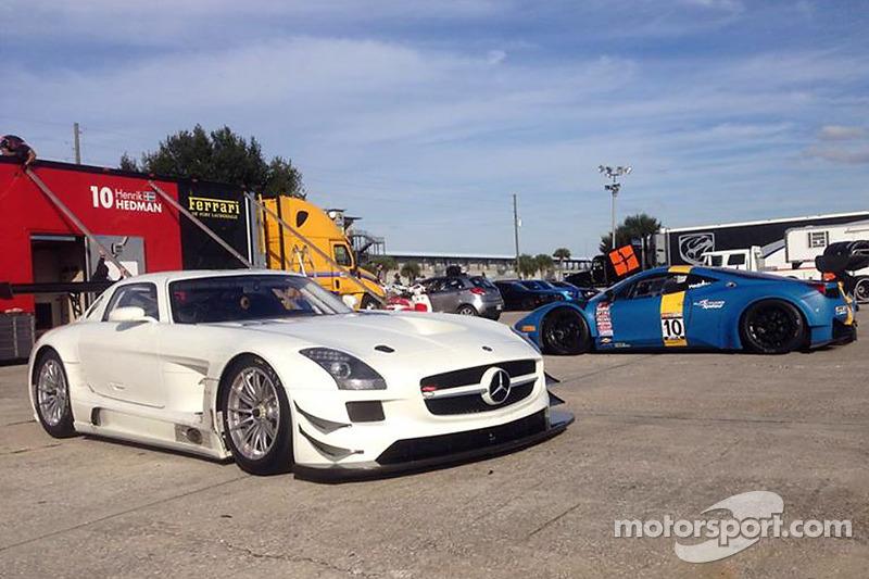 La nuova GT6 DragonSpeed Mercedes SLS AMG