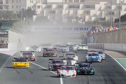 迪拜24小时耐力赛