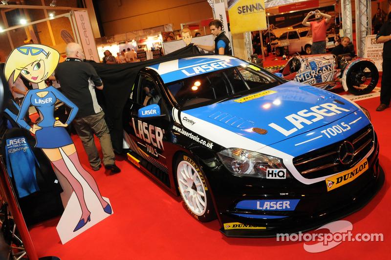 Die Enthüllung des Laser Tools Racing, BTCC Mercedes von Aiden Moffat