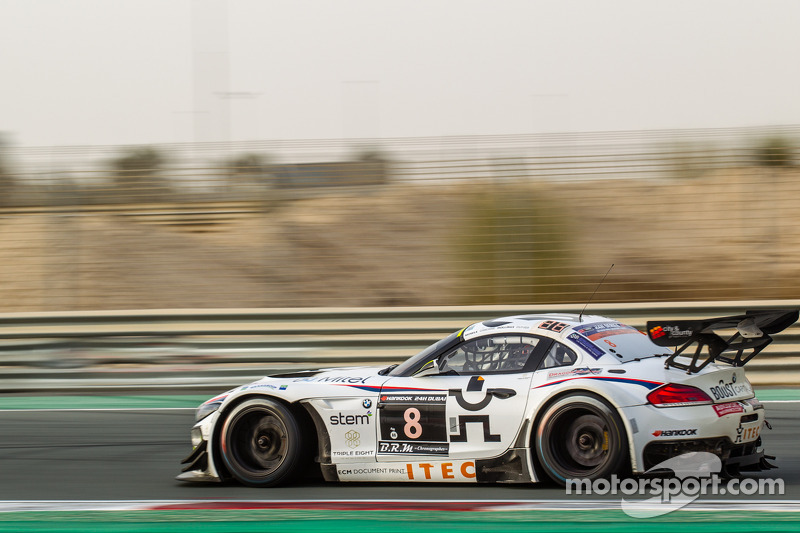 #8 Triple Eight,宝马Z4 GT3: Lee Mowle, Joe Osborne, Jacques Duyver, Charlie Hollings
