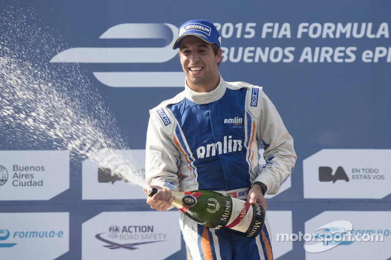 Race winner Antonio Felix da Costa, Amlin Aguri