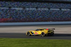 #3 Corvette Racing Chevrolet Corvette C7.R: Ян Магнуссен, Антоніо Гарсія, Райан Бріско