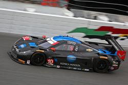 #10 Wayne Taylor Racing Corvette DP: Рікі Тейлор, Джордан Тейлор, Макс Анджелеллі