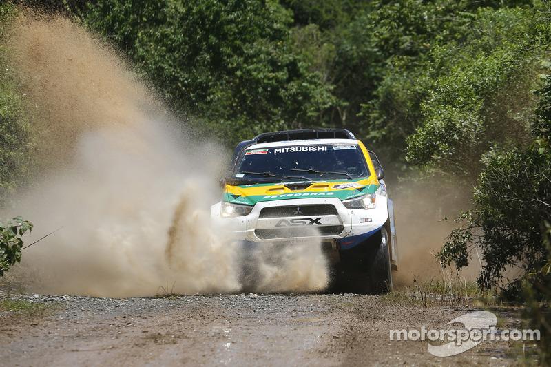 #306 Mitsubishi: Carlos Souza, Paulo Fiuza