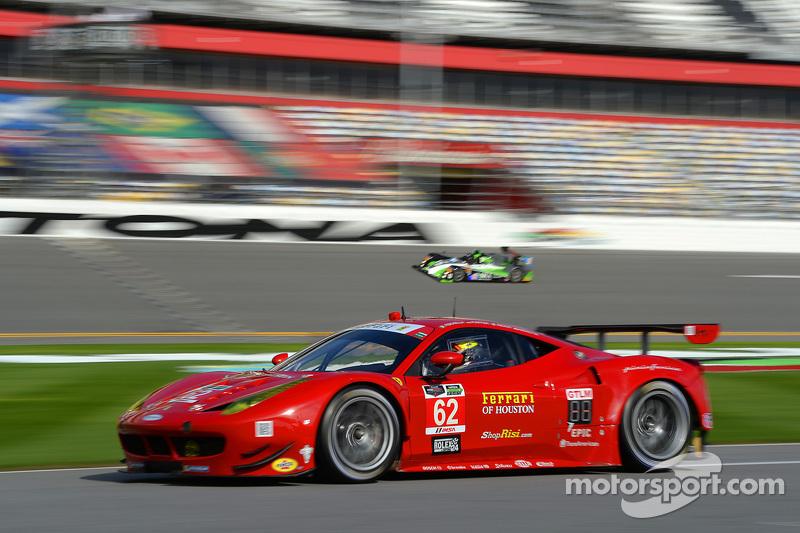 #62 Risi Competizione, Ferrari F458: Pierre Kaffer, Davide Rigon, Giancarlo Fisichella, Olivier Beretta