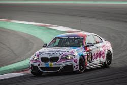 #76 Racingdivas by Las Moras BMW M235i Racing Cup: Liesette Braams, Svera van der Sloot, Gaby Uljee, Max Partl