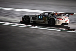 #67 GDL Racing, Mercedes SLS AMG GT3: Luc Braams, Max Braams, Duncan Huisman, Hannes Waimer