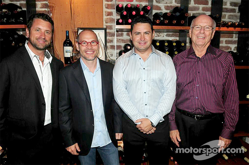 I fondatori dell'Area 27 Trevor Seibert, Jacques Villeneuve, Bill Drossos e David King al party di l