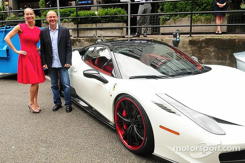 Reiko MacKenzie e Jacques Villeneuve
