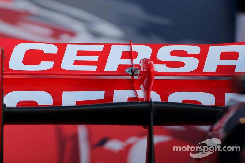 Detalhe técnico da asa traseira da Toro Rosso
