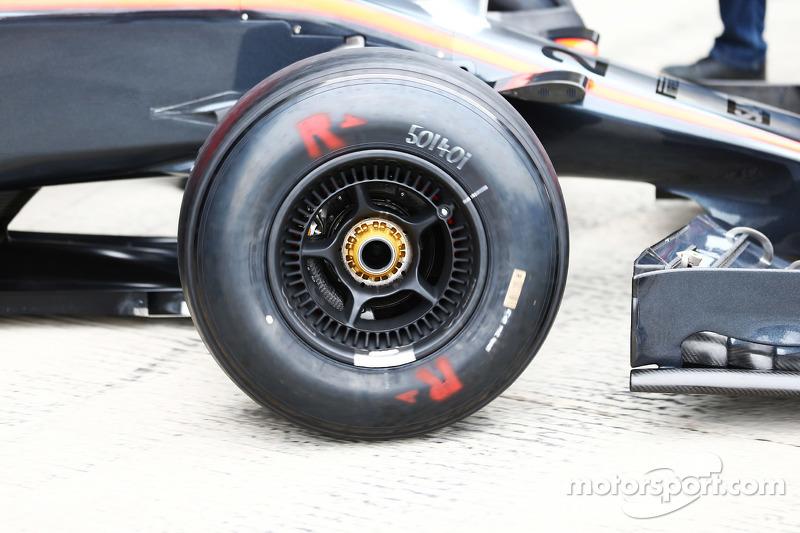 McLaren MP4-30, Detail eines Vorderrads