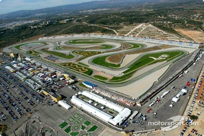 "#8 <img class=""ms-flag-img ms-flag-img_s1"" title=""Spain"" src=""https://cdn-9.motorsport.com/static/img/cf/es-3.svg"" alt=""Spain"" width=""32"" /> Valence - 335,9 km/h"