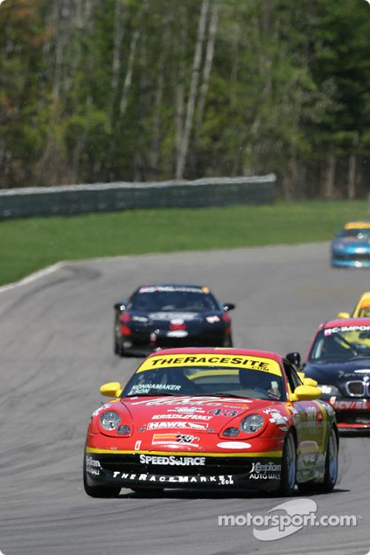La Porsche 996 n°43 de The Race Site.com (Joe Nonnamaker, Wayne Nonnamaker)