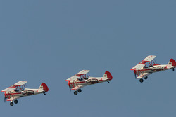 Flyover by the Red Baron squad during the morning test session