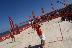 Vodafone beach-volley match on St. Kilda beach: Michael Schumacher and Rubens Barrichello with players from the Australian Olympic team