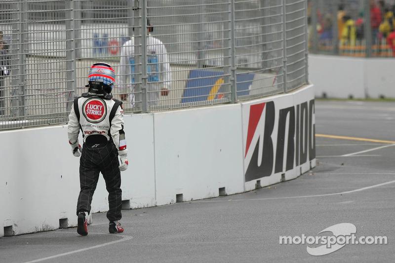 Takuma Sato stopped, track