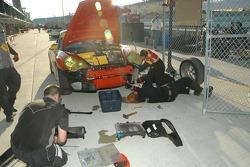 Team Sahlen crew members at work
