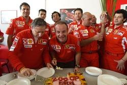 Rubens Barrichello, Ferrari, feiert seinen 200. Grand Prix