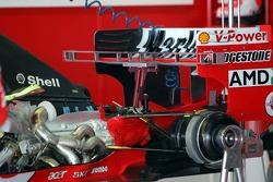 Gearbox change of the Ferrari of Rubens Barrichello
