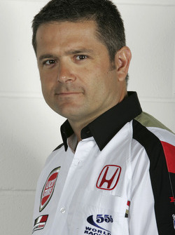 Gil de Ferran, BAR Honda Sporting Director