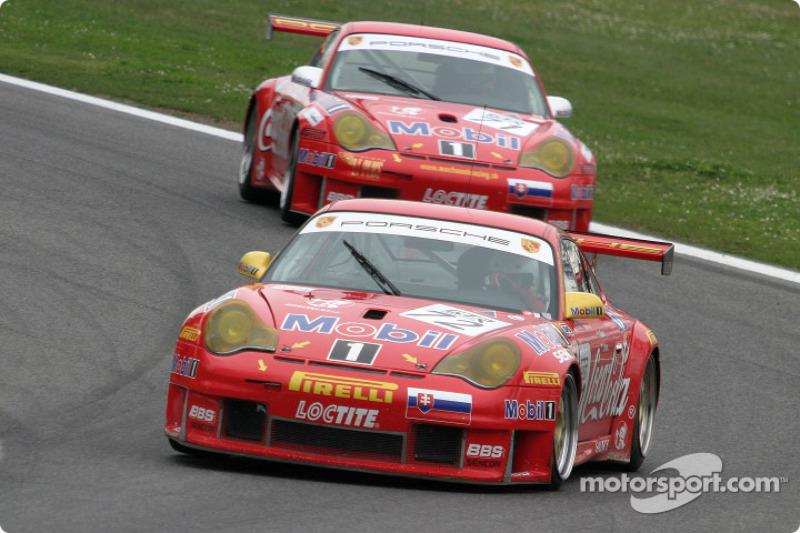 #72 Machanek Racing Porsche 996 GT3 RSR: Istvan Racz, Josef Venc