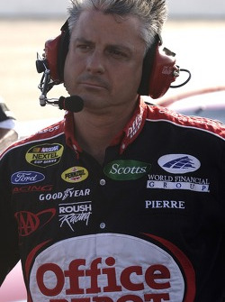 Crew chief Pierre Kuettel